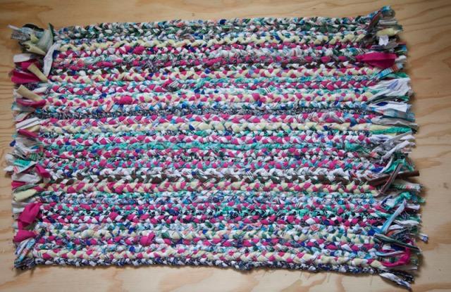 braided_rug_DIY_crafts