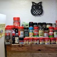 Renter Friendly Ideas: Spice Rack